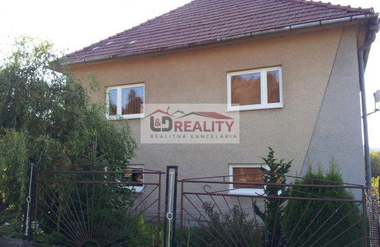 Ponúkame na predaj čiastočne zrekonštruovaný tehlový rodinný dom v Detve časť Piešť