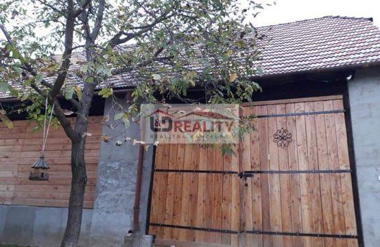 Ponúkame na predaj rodinný dom v obci Lovinobaňa