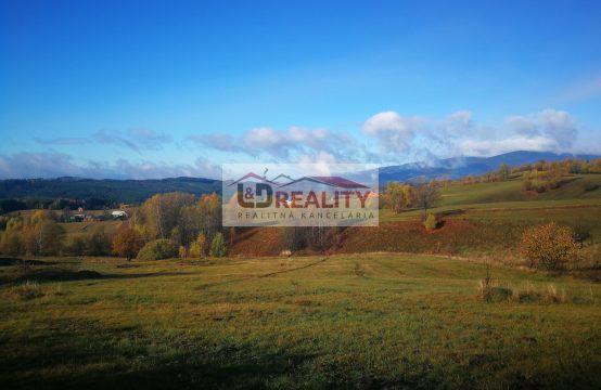 Na predaj stavebný pozemok s projektom na výstavbu rodinného domu v obci Detvianska Huta.