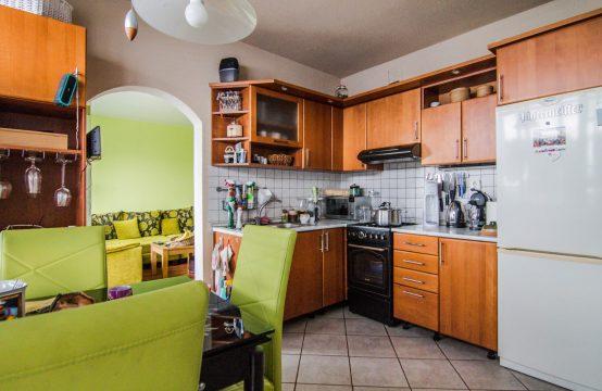 Ponúkame na predaj veľký 4 izbový byt v Detve top lokalita s 5x loggia